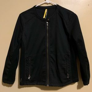Spring / Fall Black Jacket